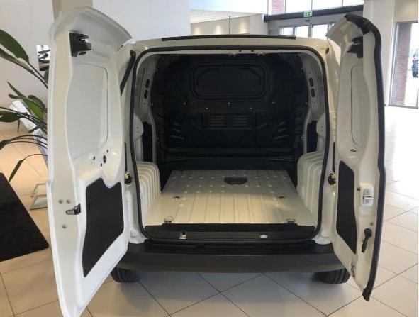 Fiat Fiorino leasen 3
