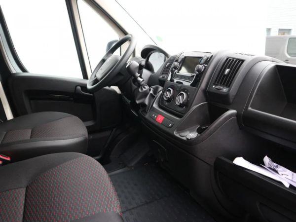 Peugeot Boxer leasen 6