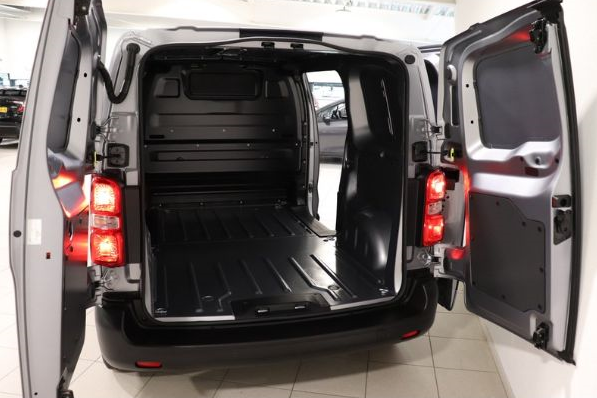 Toyota Proace long worker leasen 5